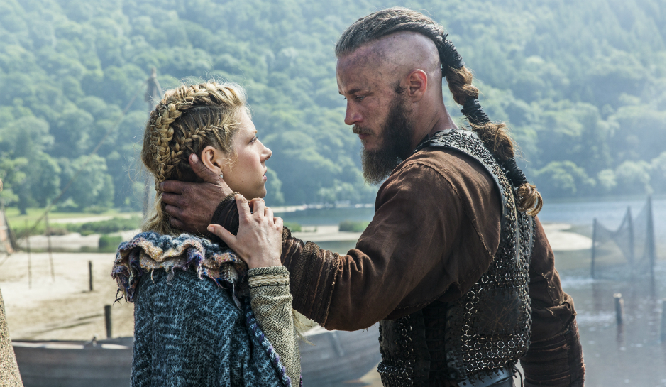 Lagertha-Katheryn-Winnick-and-Ragnar-Travis-Fimmel-in-History-Channels-Vikings